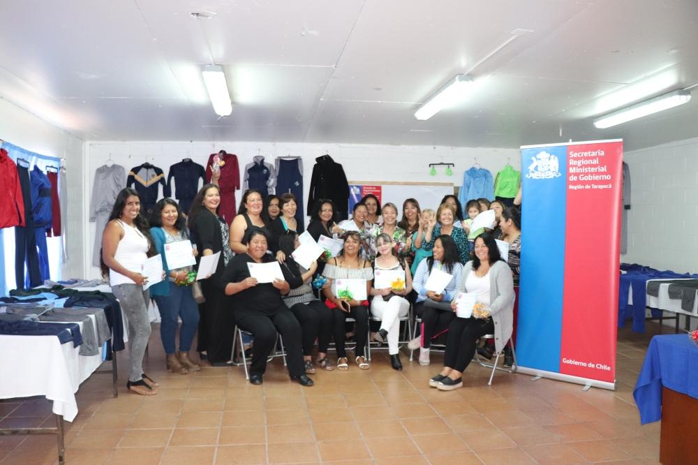 Resultado de imagen para Mujeres de Hospicio aprenden corte y confección a través de Fondos Fortalecimiento de Organización de Interés Público