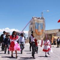 Fotografías del desfile civico-militar y celebraciones patrias en Cariquima comuna de Colchane.