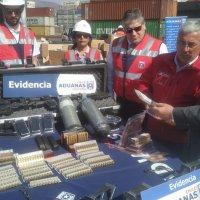 Aduanas intercepta municiones y material armamentístico.