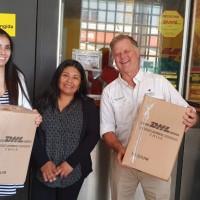Artesanas Aymara formalizan su primera exportación a Canadá.