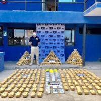 Fiscalía logra condena de 10 años y un día para acusado por tráfico de cocaína.