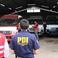 Aduanas logra condena por contrabando y el comiso de 14 minibuses.