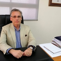 Mineduc destina $810 millones para conservación de Escuela de Mamiña, Liceo Bicentenario Juan Pablo II e Instituto del Mar.