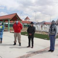 Alcalde de Colchane y Seremi de Salud tratan tema de migrantes en la comuna