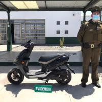Carabineros detiene a menor conduciendo motocicleta con encargo por robo