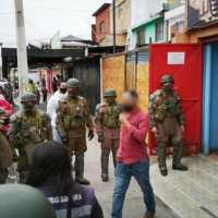 Alto Hospicio 18 personas detenidas en local de juegos clandestino.