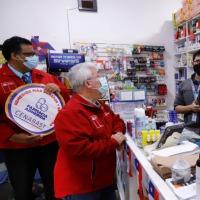 Intendente y Autoridad Sanitaria invitan a farmacias a sumarse a la Ley Cenabast