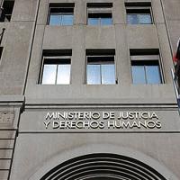 Indicaciones del Ministerio de Justicia obligan a las AFP a pagar las pensiones alimenticias adeudadas en un máximo de 10 días hábiles