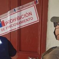 Detenidos por infringir el art. 318 al interior de un restaurante