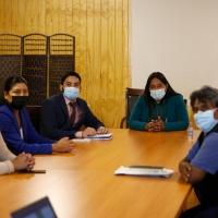 Gobernador y alcaldesa de Camiña establecieron mesa de trabajo para priorizar proyectos